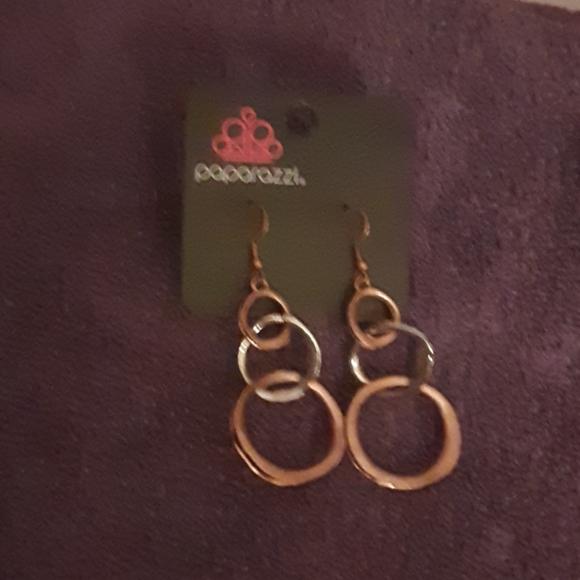 Paparazzi earrings